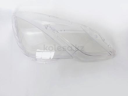 Стёкла на передние фары Mercedes w212 (2009 — 2013 Г… за 29 000 тг. в Алматы – фото 3