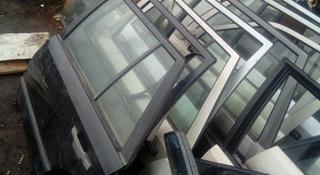 Двери на Mercedes 124 за 8 000 тг. в Караганда