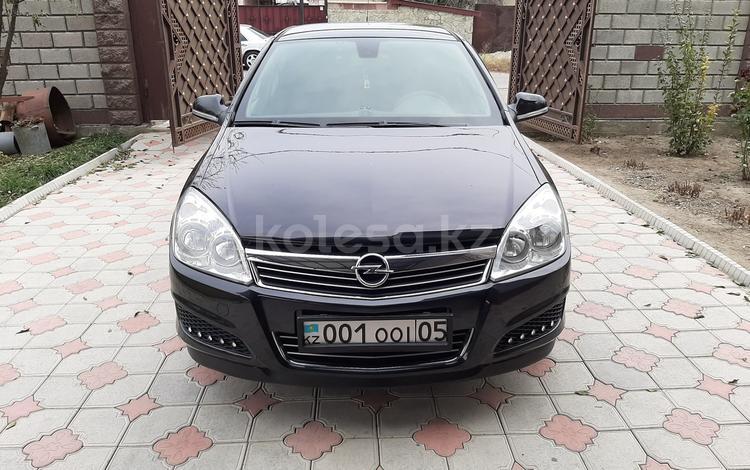 Opel Astra 2011 года за 3 300 000 тг. в Талдыкорган