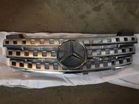 Решетка радиатора MERCEDES W164 ML МЛ за 70 000 тг. в Алматы