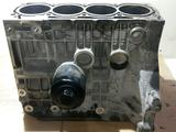 Блок цилиндров двигателя AKQ гольф 4 1, 4 л за 30 000 тг. в Караганда