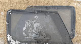 Стекло собачника боковое Ford Explorer за 18 000 тг. в Семей