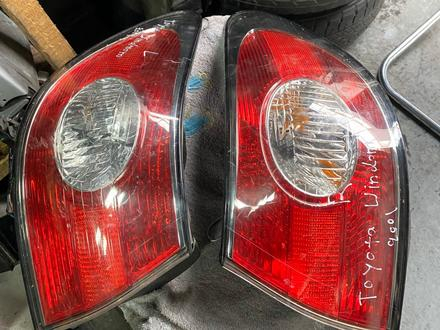 Задние фонари Лево право на Lexus ES300 за 20 000 тг. в Алматы