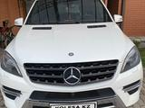 Mercedes-Benz ML 400 2014 года за 15 000 000 тг. в Алматы