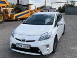 Toyota Prius 2010 года за 5 900 000 тг. в Караганда