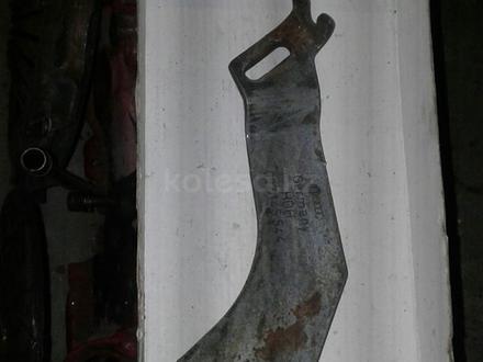Крепление насоса гура генератора шкив насоса гура за 3 000 тг. в Караганда – фото 2