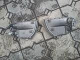 На Mitsubishi Delica — Space GEAR поворотники за 4 000 тг. в Алматы – фото 2
