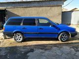 Volkswagen Passat 1993 года за 1 000 000 тг. в Жезказган – фото 3
