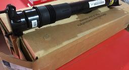 Амортизатор задний пневмо (оригинал) на ML, GL164 за 205 000 тг. в Кызылорда
