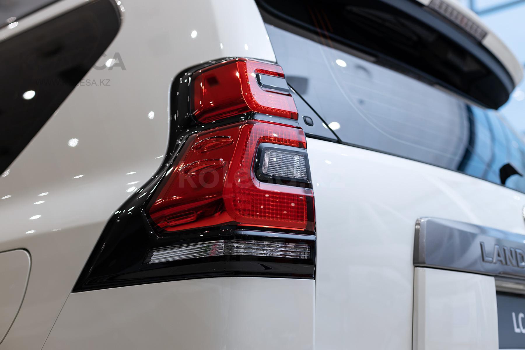 Toyota Land Cruiser Prado F класса 2020-2021 года от 22 970 000 тенге