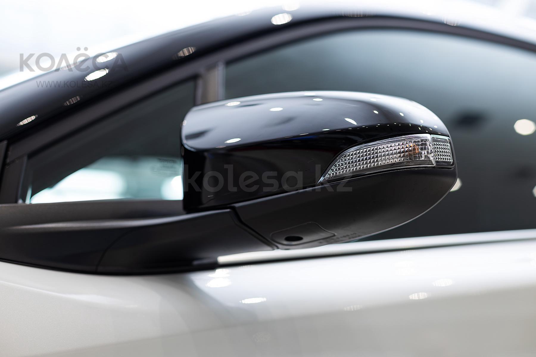 Toyota C-HR J класса 2020-2021 года от 16 210 000 тенге