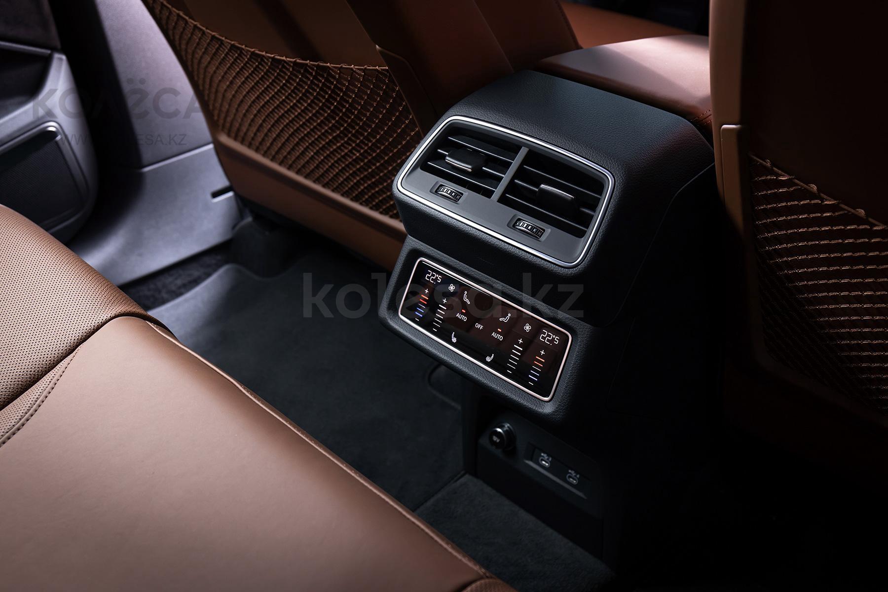 Audi e-tron J 2021 года от 49 000 000 тенге