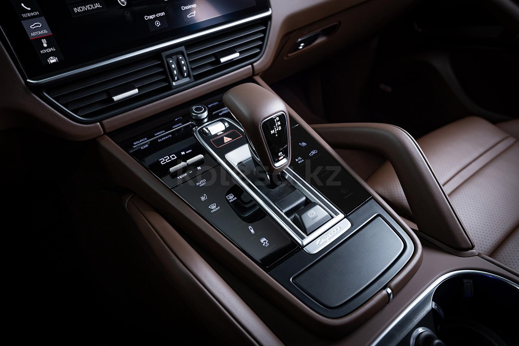 Porsche Cayenne Coupe SUV 2019 - н.в. года от 55 072 000 тенге
