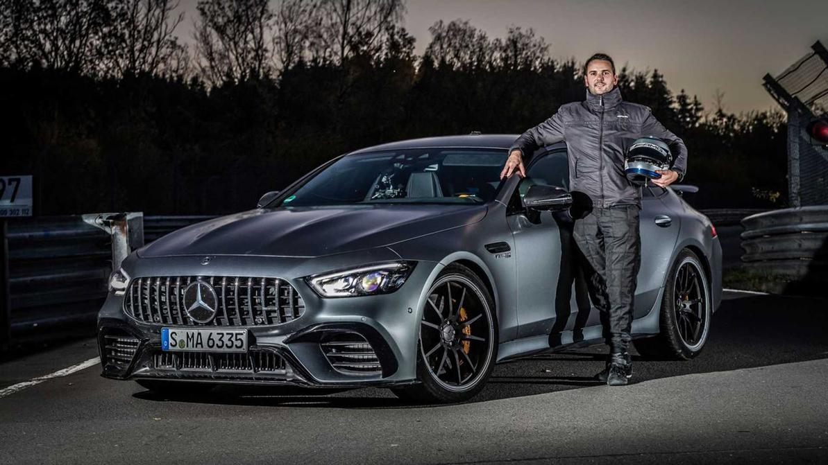 record-mercedes-amg-gt-63-s-coupe-4-portes-2020
