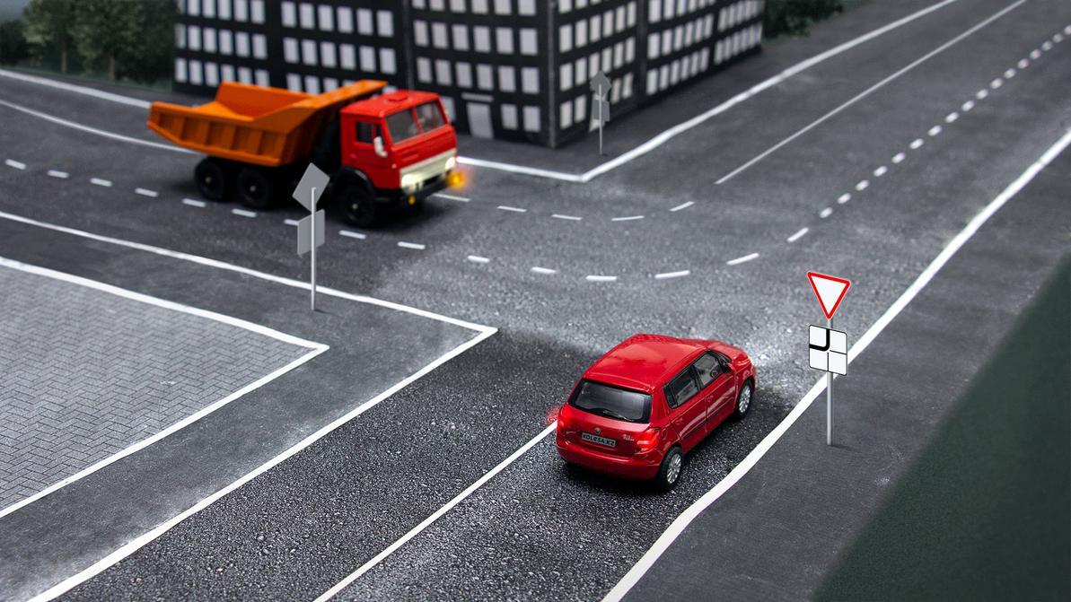 Сбавить скорость или остановиться?