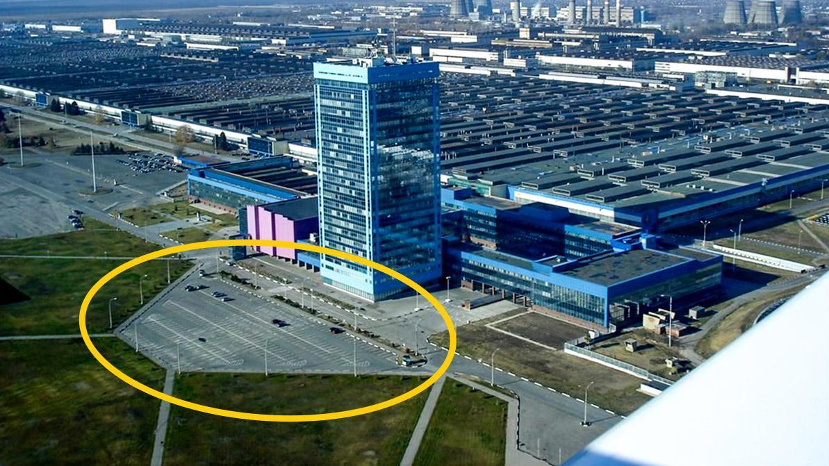 АВТОВАЗ запретил парковку машин «чужих» марок возле собственной штаб-квартиры