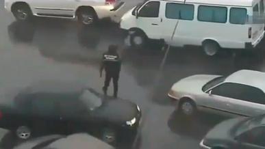 Народный регулировщик из полиции