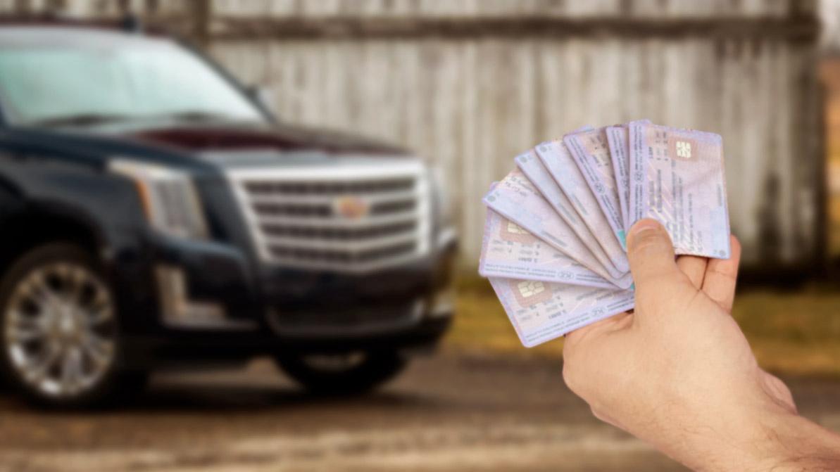 Аферист восемь раз сдал в ломбарды один Cadillac Escalade