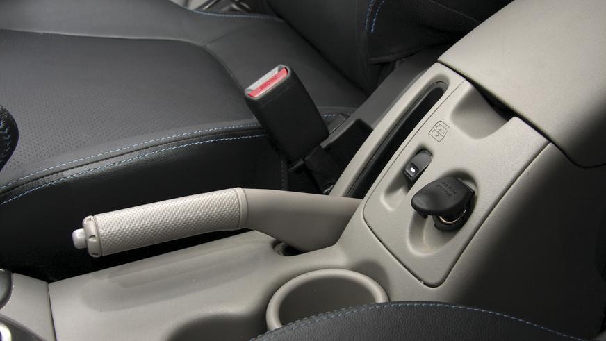 Mitsubishi L200 - 2010