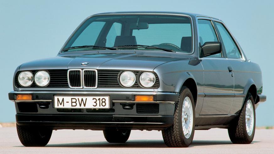 1982 год: BMW E30