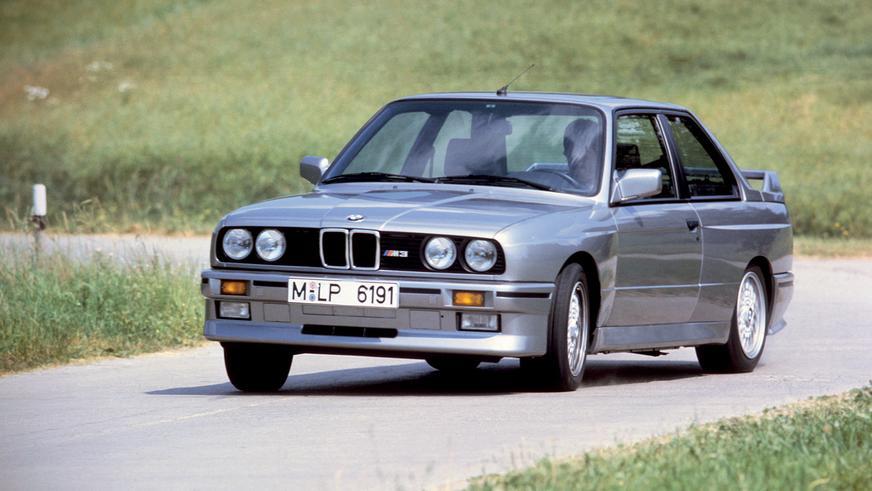 1986 год: BMW E30