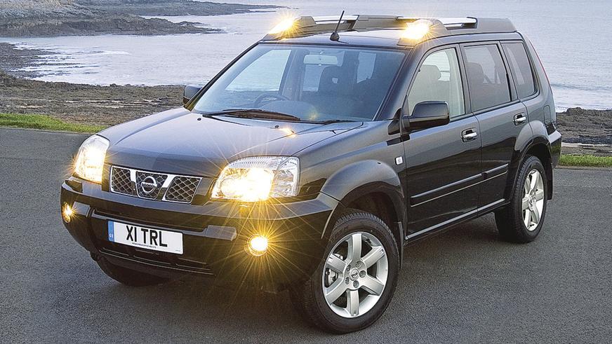 2003 год: Nissan X-Trail первого поколения (рестайлинг)