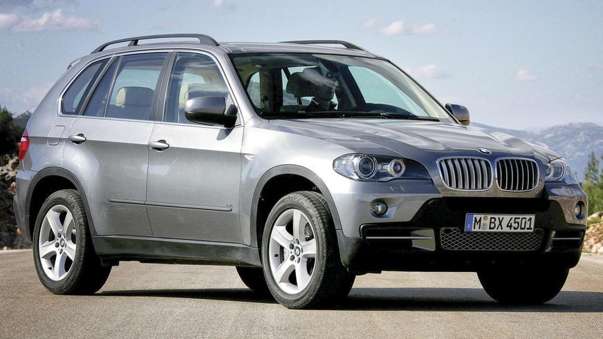 2006 год — BMW X5 второго поколения (E70)