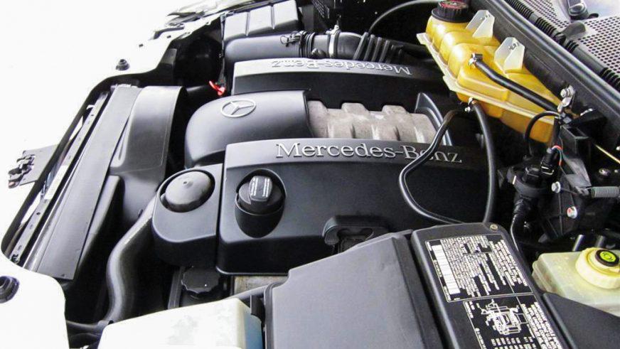 Mercedes-Benz M-Class - 2002 - двигатель