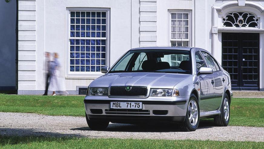 1996 год - Škoda Octavia первого поколения