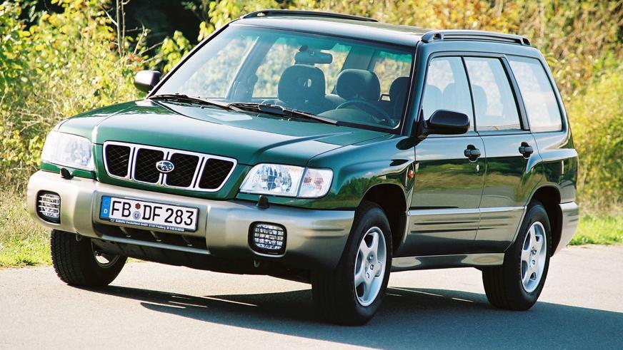 2000 год. После рестайлинга морда Forester обрела хитрый прищур. Машин этого модельного года немало пригнано из США
