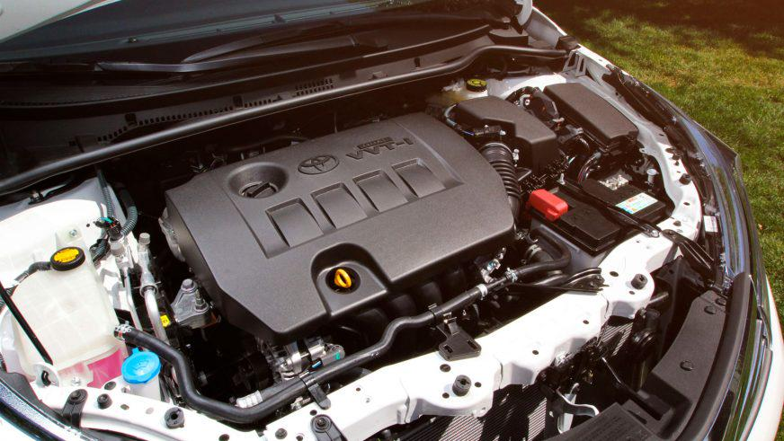 Toyota Corolla - 2013 - двигатель