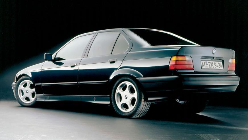 1990 год — BMW 320i Sedan (E36)
