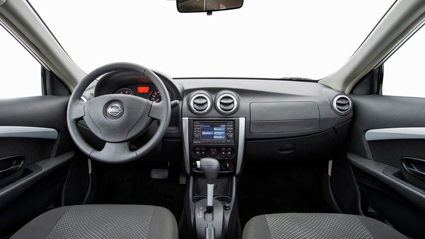 2012 год — Nissan Almera (G15) пятого поколения
