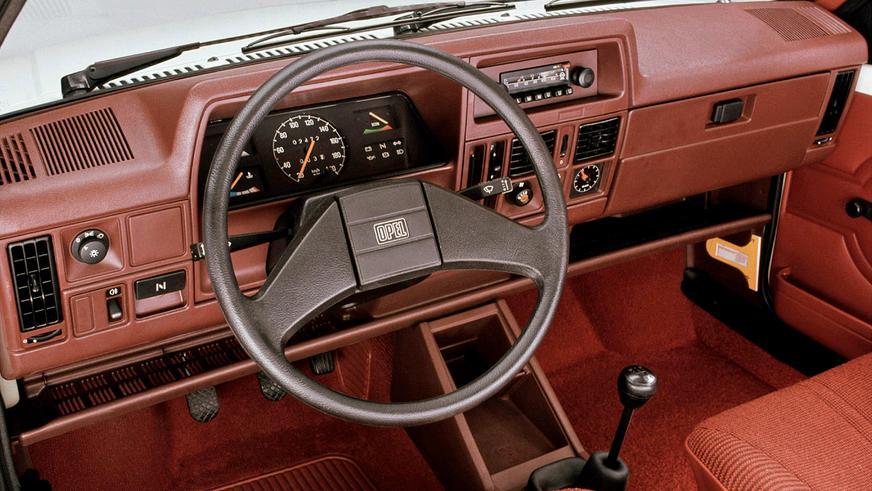 1982 год — Opel Corsa первого поколения
