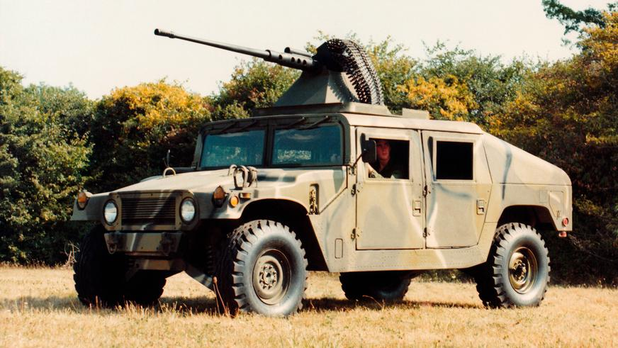 1982 год — HMMWV XM998 Prototype III