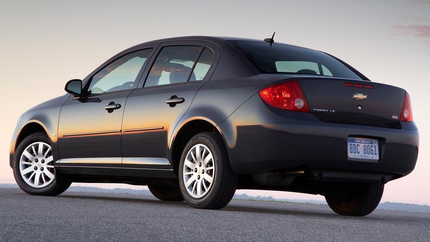 2004 год — Chevrolet Cobalt Sedan