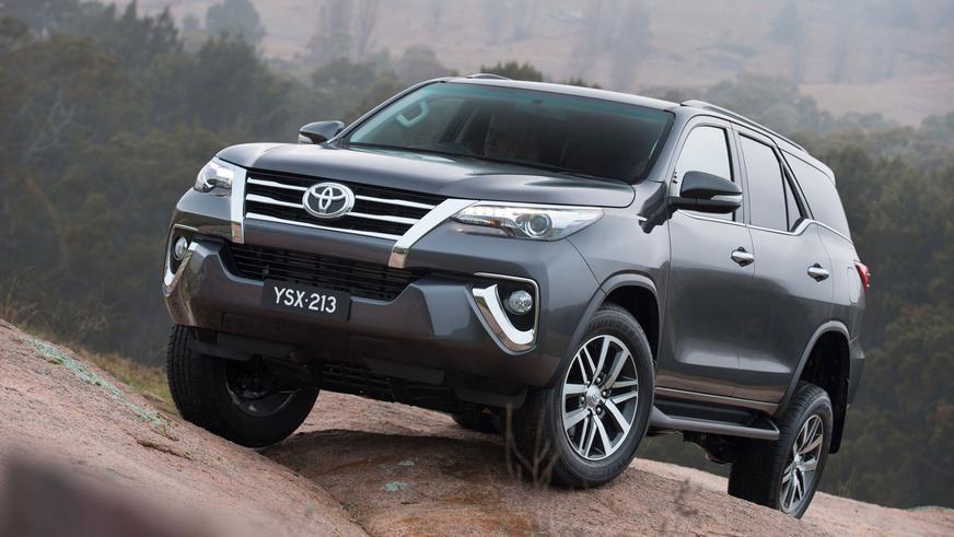 2015 год — Toyota Fortuner-дің екінші буыны