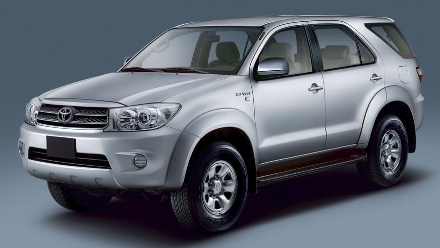2008 год — Toyota Fortuner-дің алғашқы буыны (рестайлинг)