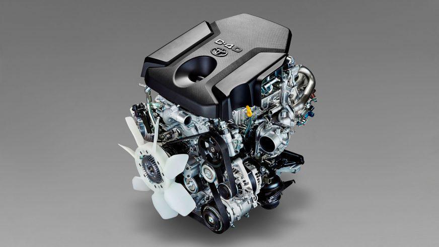 Toyota Hilux - 2015 - двигатель