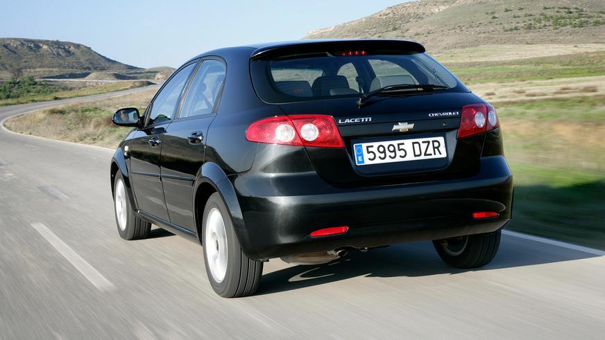 2004 год — Chevrolet Lacetti Hatchback