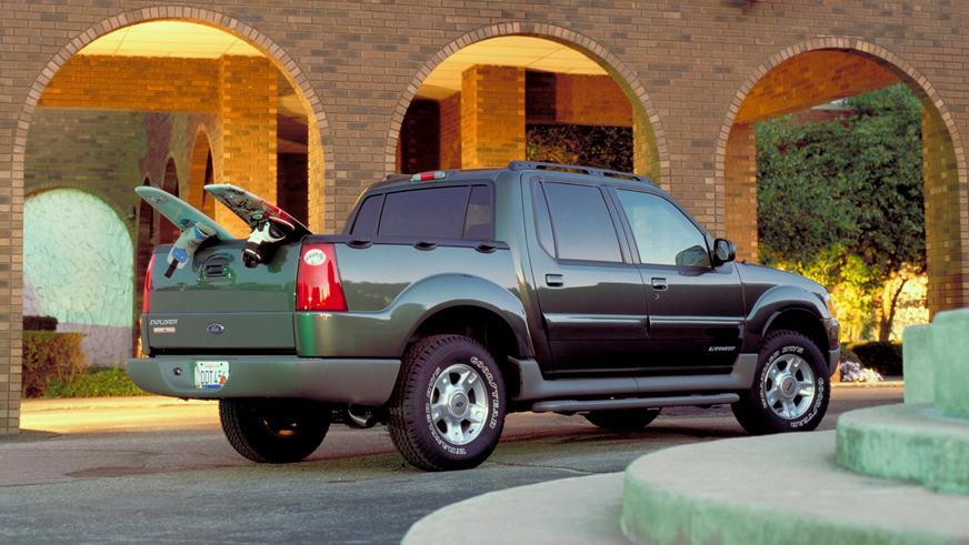 2001 год — Ford Explorer Sport Trac