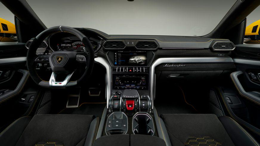 Lamborghini вернулась в сегмент SUV c 650-сильным Urus