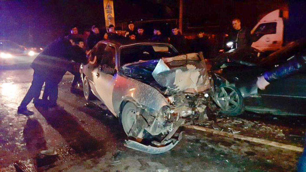 Серьёзное ДТП в Алматы. Один погибший и пятеро пострадавших