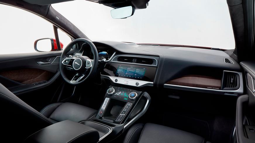 Jaguar презентовал свой первый электромобиль