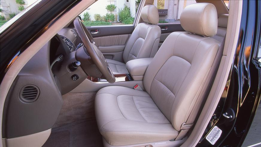1997 жыл. Lexus LS 2 рестайлингтен кейінгі екінші буыны (XF20)
