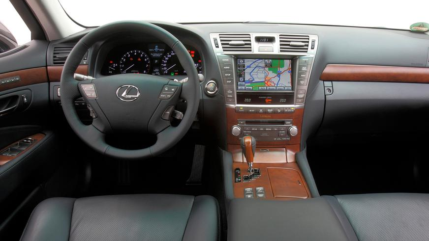 2009 жыл. Lexus LS рестайлингтен кейінгі төртінші буыны (XF40)