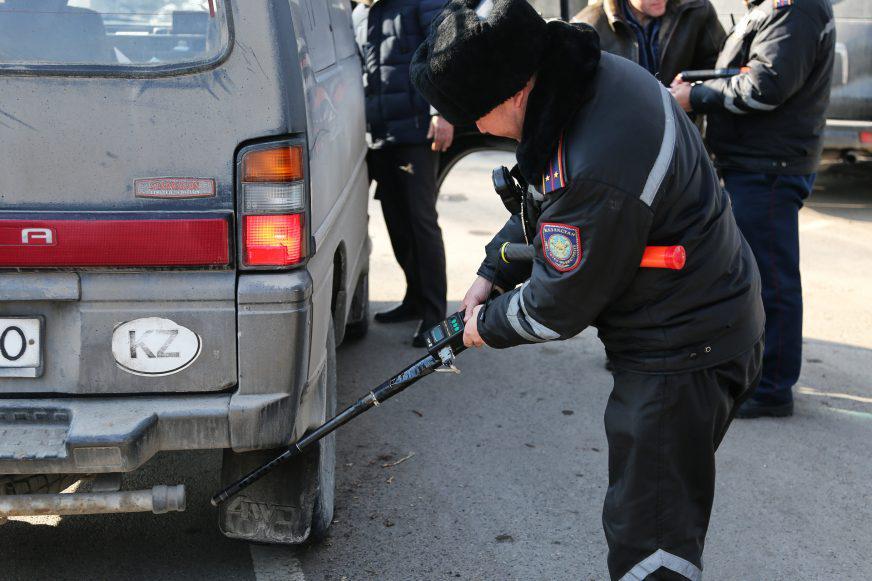 Разводы при проверке выхлопа дизельных автомобилей