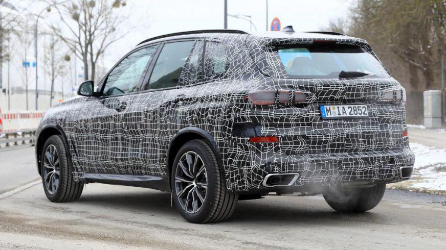 Новое поколение BMW X5 покажут до конца 2018 года
