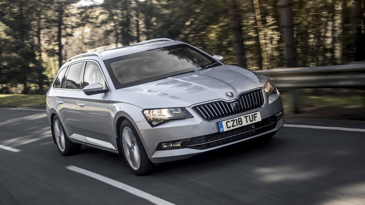 Škoda представила универсал Superb почти за $160 000