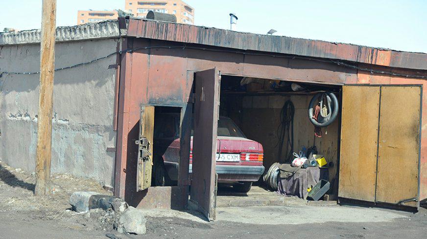 Что нам стоит гараж построить